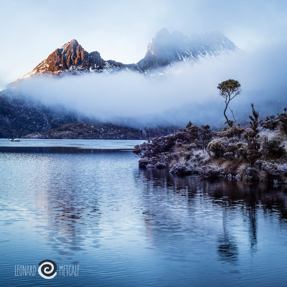 Dove Lake & Cradle Mountain © Len Metcalf 2015