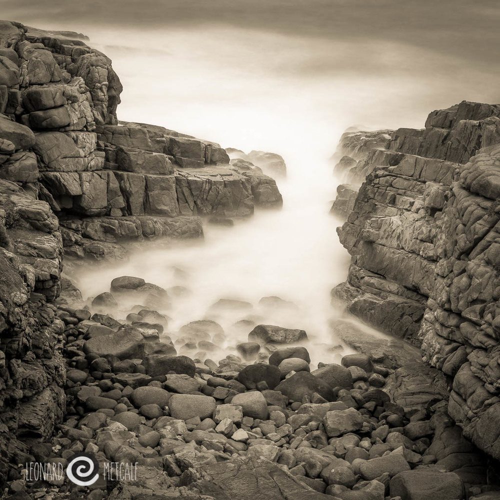 Rocks at Cape Willoughby, Kangaroo Island Photograph Copyright © Len Metcalf