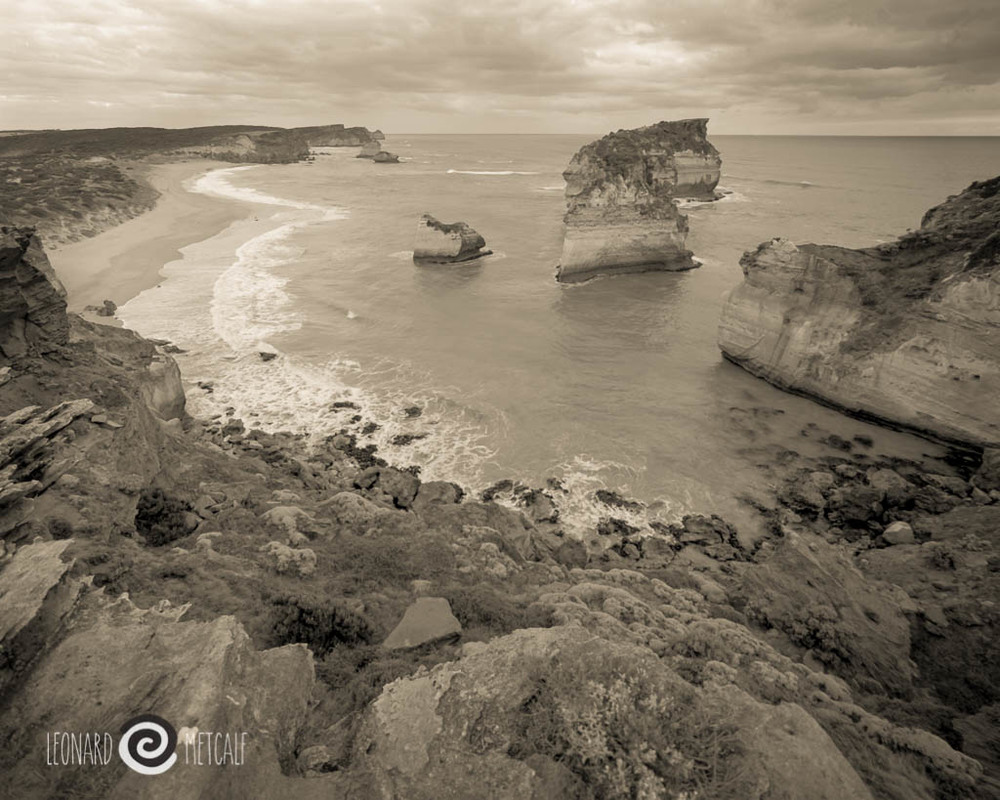 The Great Ocean Road, Victoria © Leonard Metcalf 2016