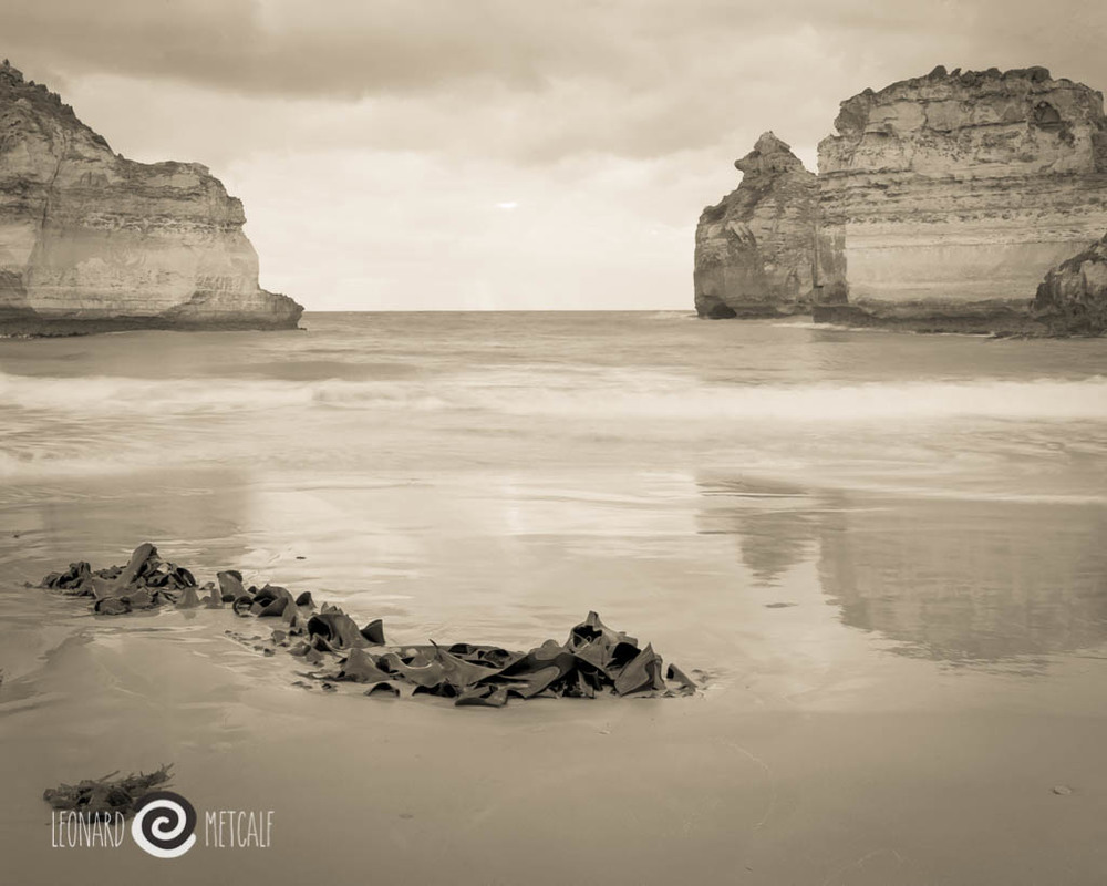 Loch Ard Gorge, The Great Ocean Road, Victoria © Leonard Metcalf 2016