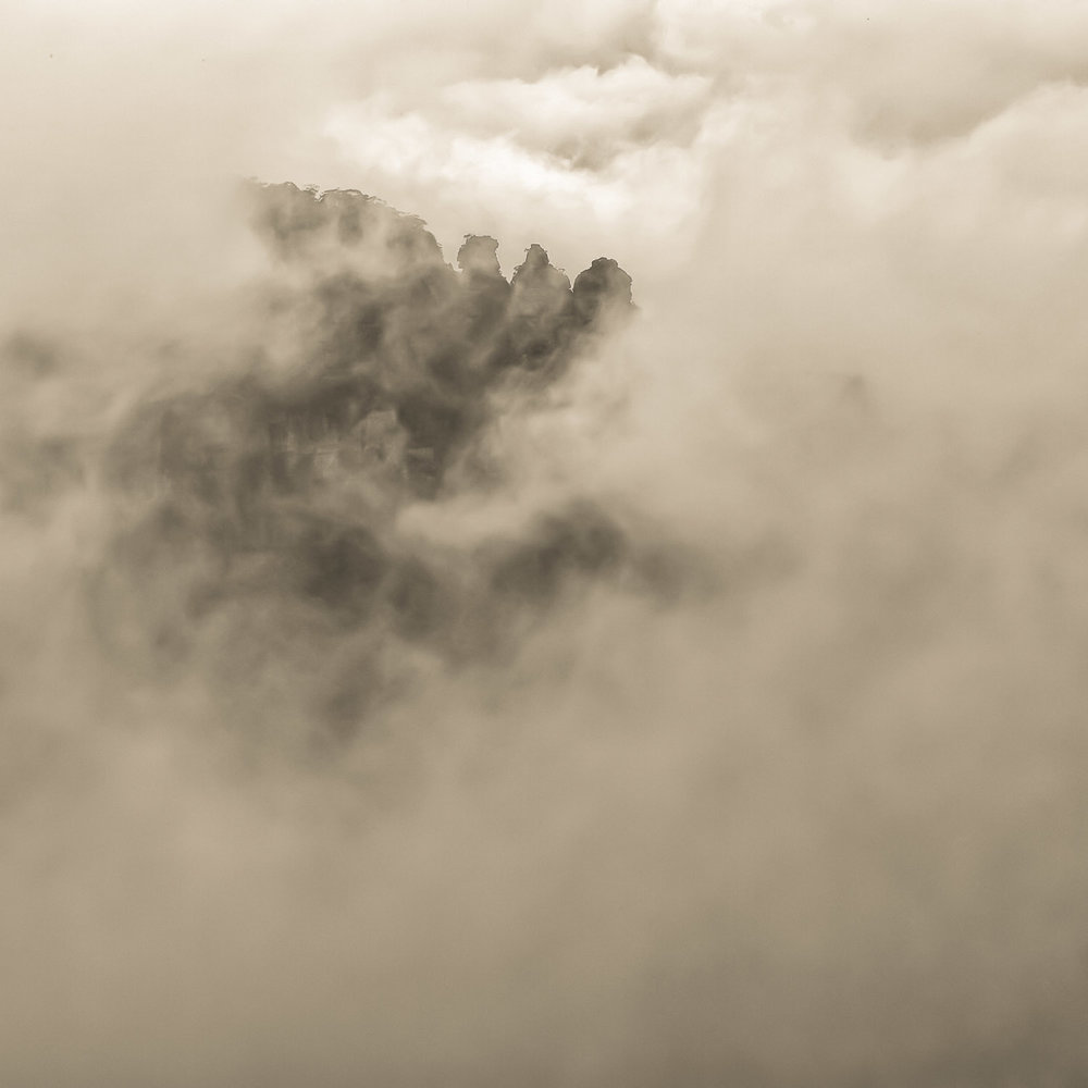 The Three Sisters shrouded in mist, Copyright © Len Metcalf