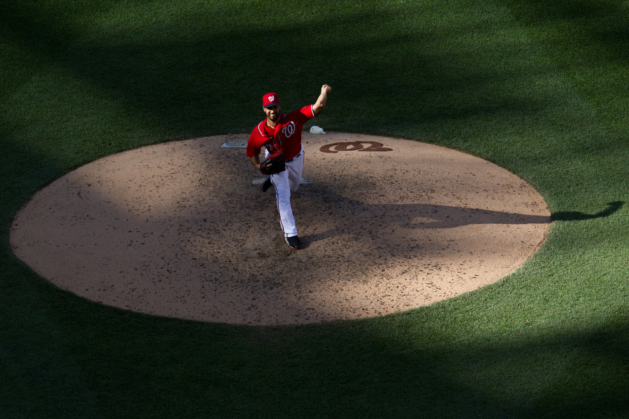 Nationals pitcher Gio Gonzalez throws a pitch.