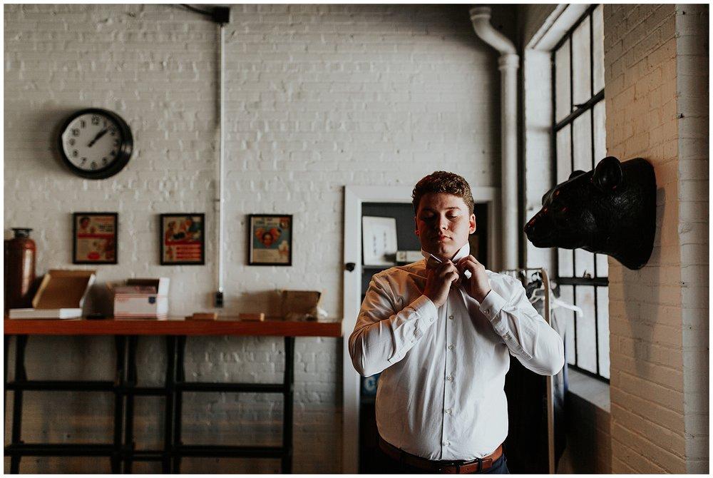 treaty oak glass factory wedding_mia dimare photography4.jpg