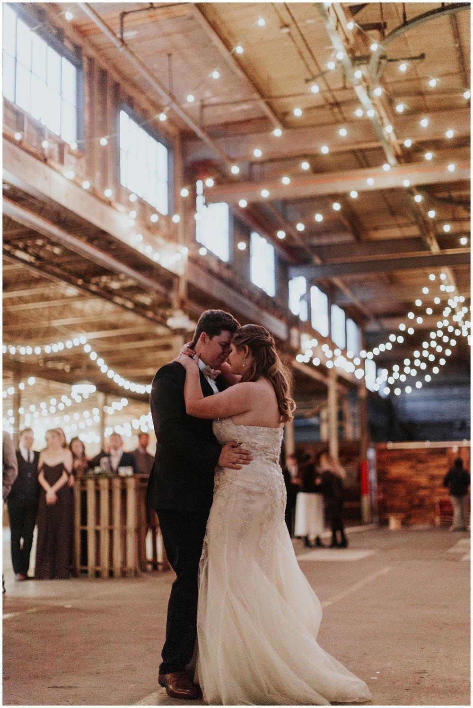 treaty oak glass factory wedding_mia dimare photography38.jpg