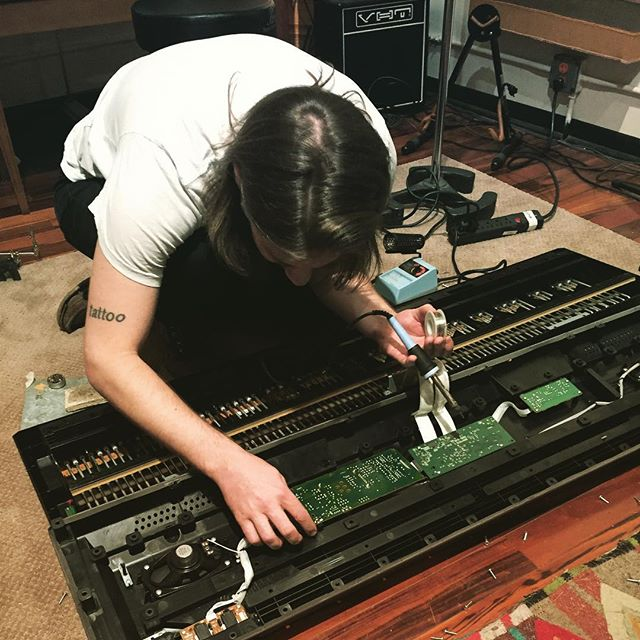 Fixing what is broken about this world, one solder joint at a time... 🎹 #pianorepair #88keys #solderlife #fixedgear #fixmylife #studiolife #manyhats #producer photo: @markcujifusa