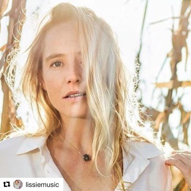 So happy for @lissiemusic!!! Also, very grateful to have played a small part in the making of this Top 10 UK album!  #repost #humanswin ・・・ A BIG thank you to my UK fans & @cookingvinyl for my first ever top 10 album!!! #9! An encouraging start as we kick off our European tour next week! Looking forward to seeing some of you out there & hope you're enjoying 'castles' (also I'm playing a solo show tonight in St. Albans) 🎸🍾 📸 @gretchenrobinette