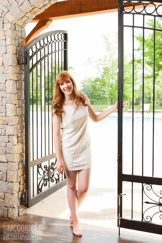 Red-Hair-Girl-Gate-Dress.jpg