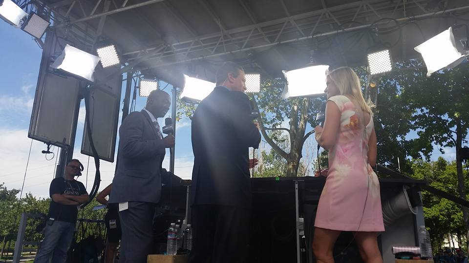 Anson Carter, Jeremy Roenick, and Kathryn Tappen provide commentary for NBC in front of the Shark Tank in the hours before puck drop.