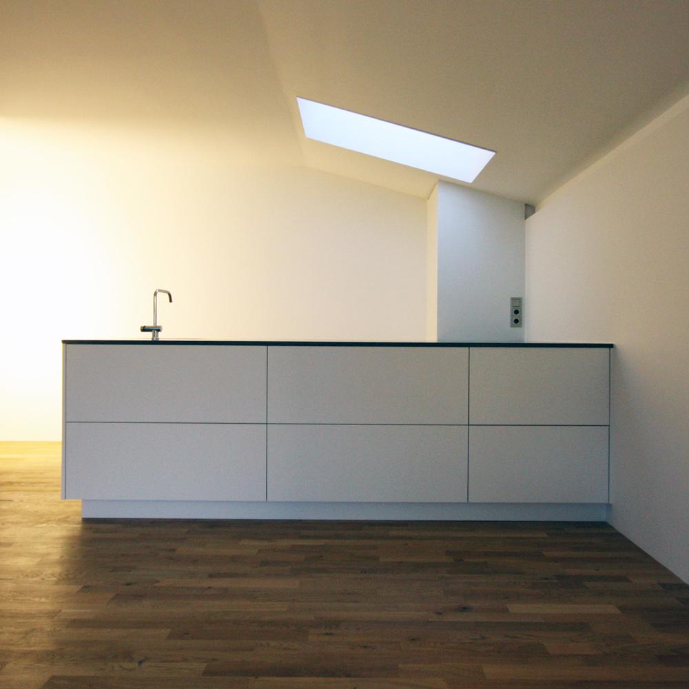 Porscheallee Küche1