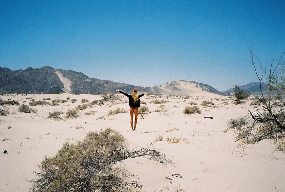 this_could_be_home_project_felicidad_de_lucas_desert_01.jpg