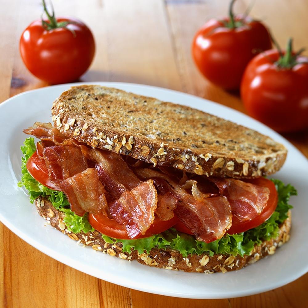 Bacon 020_2Kpx.jpg