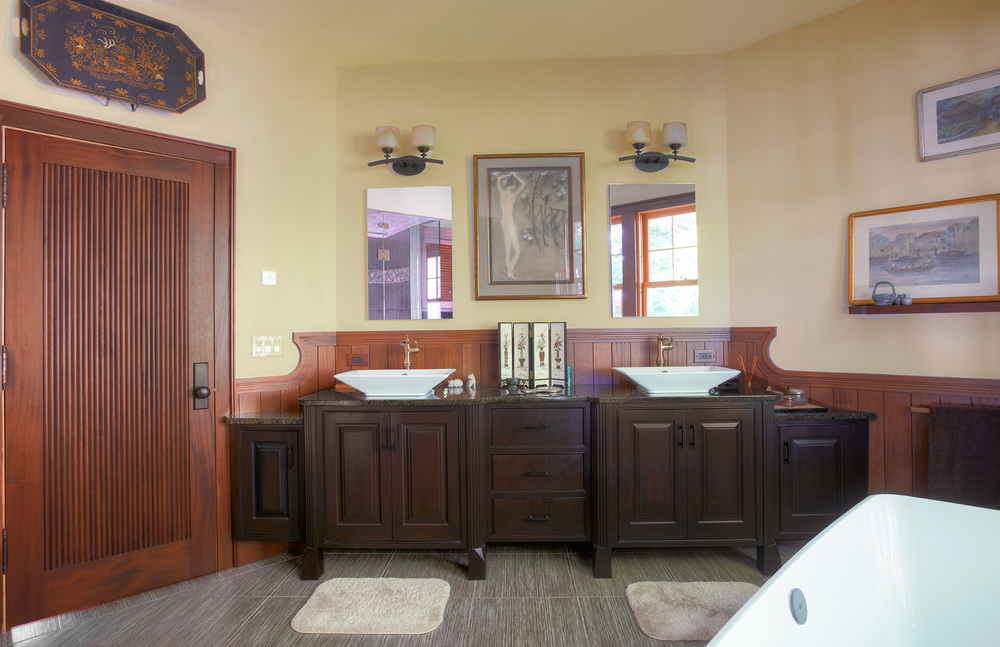 MasterBath 3 25_6_tonemapped.jpg