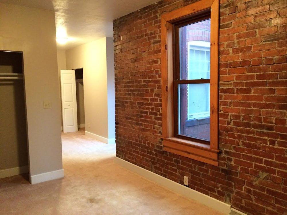 master bed brick.jpg