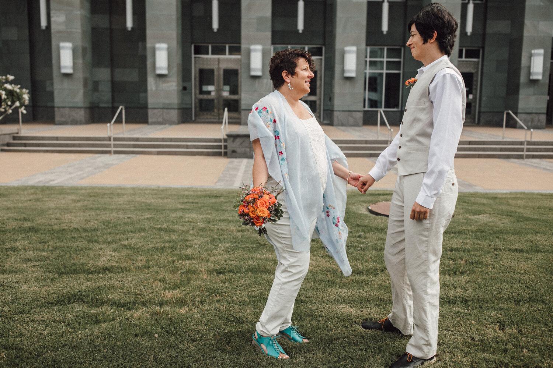 Durham - Chapel Hill - Asheville Wedding Photographer
