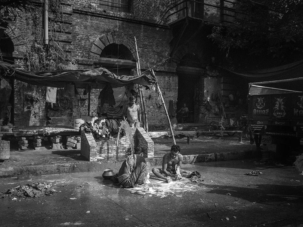 Lavage de rue Calcutta.jpg