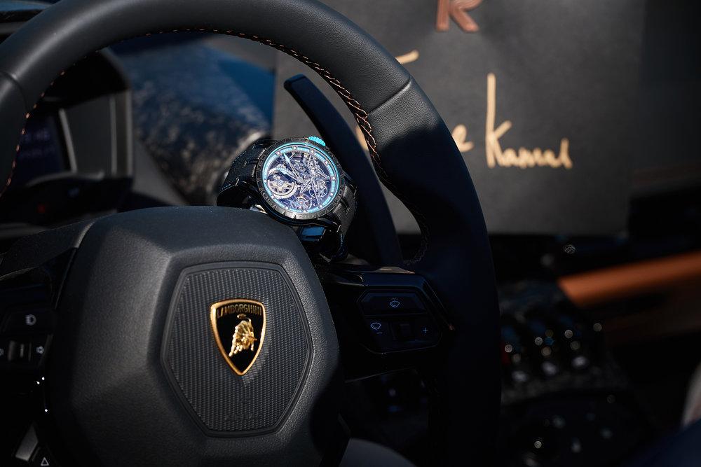 Pirelli bleu 2.jpg