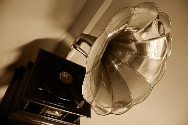 gramophone-63753_640.jpg