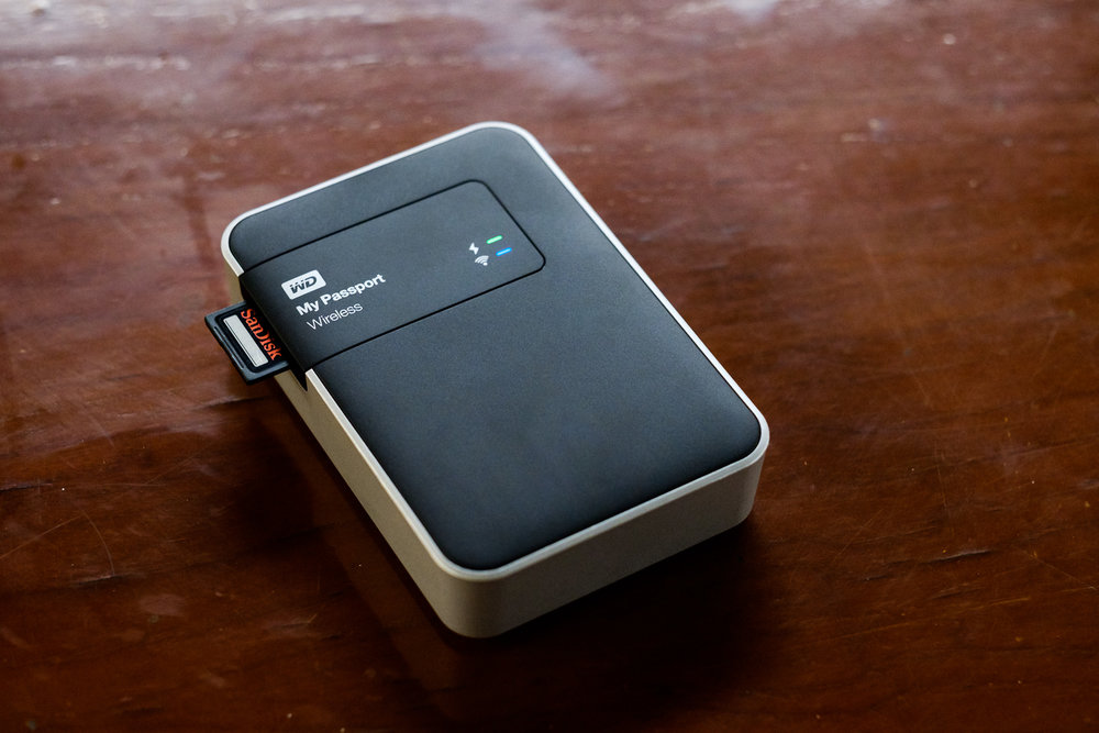 Western Digital Wireless 2 TB and SD Card