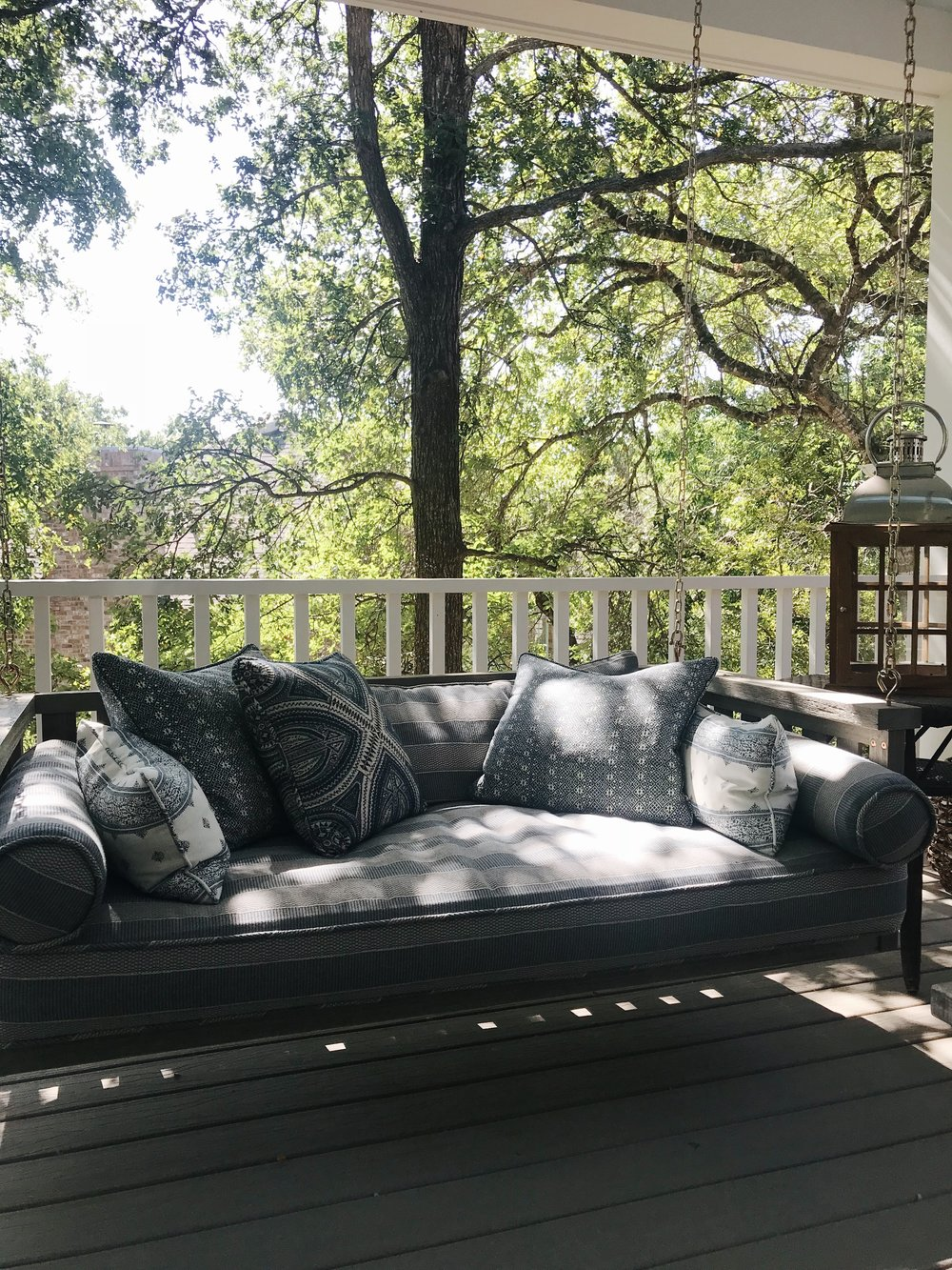Avery Cox Design Blog: Southern Living 2018 Austin Idea House by Meredith Ellis, Exterior Porch