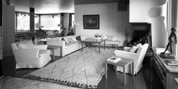 Villa Mairea by Alvar Aalto, living room with Beni Ouarain carpets. Photo Maija Holma, Alvar Aalto Museum