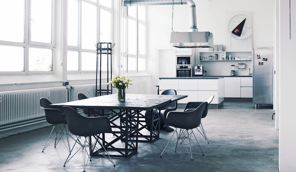 Studio / Meeting /Kitchen