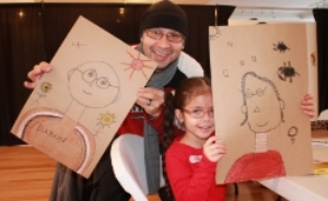 6-years-old Idalis bonded with her father over their passion for drawing.