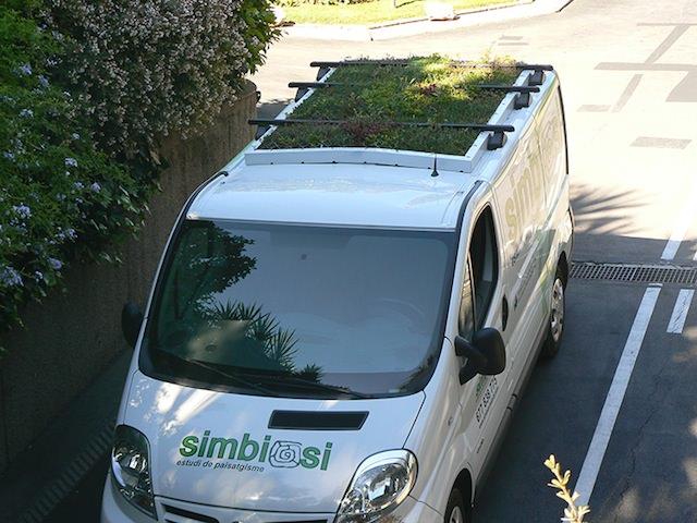 Bus-rooftop-garden-6.jpg