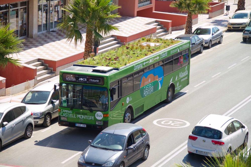 Bus-rooftop-garden-1.jpg