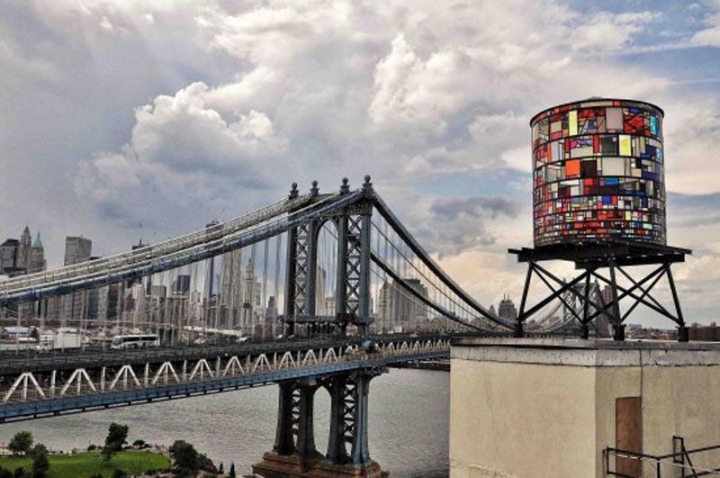 Tanque e arte no Brooklyn.jpg