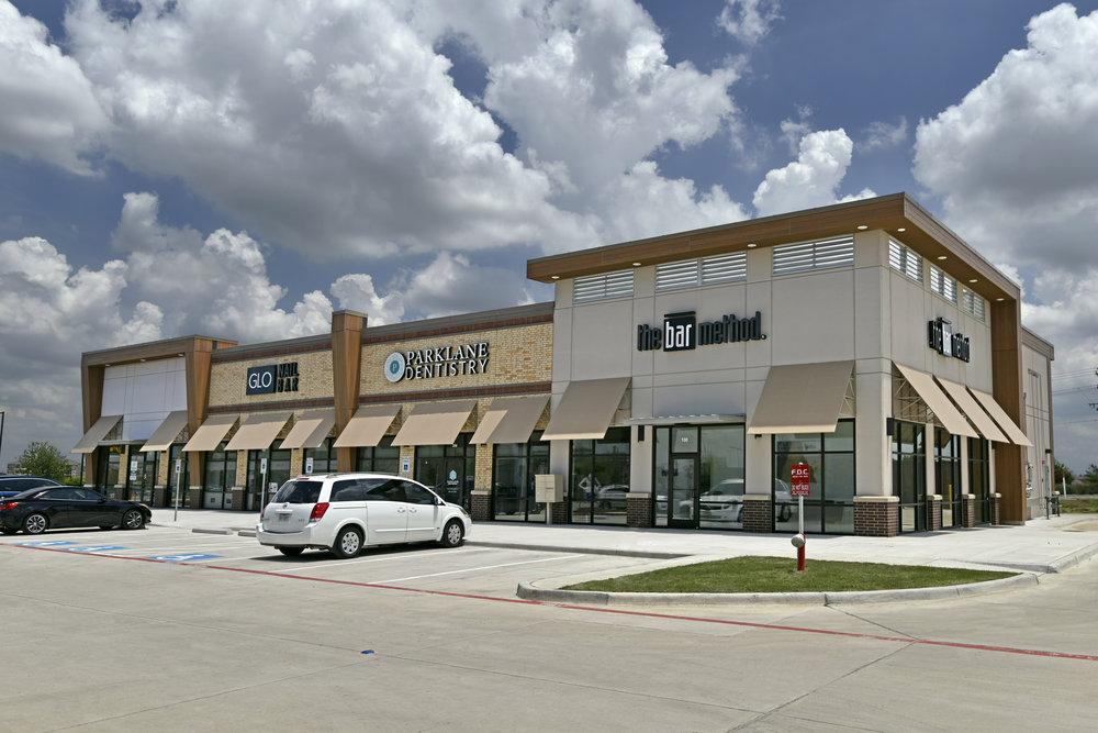 Main Marketplace & Flix Brewhouse, Little Elm, TX
