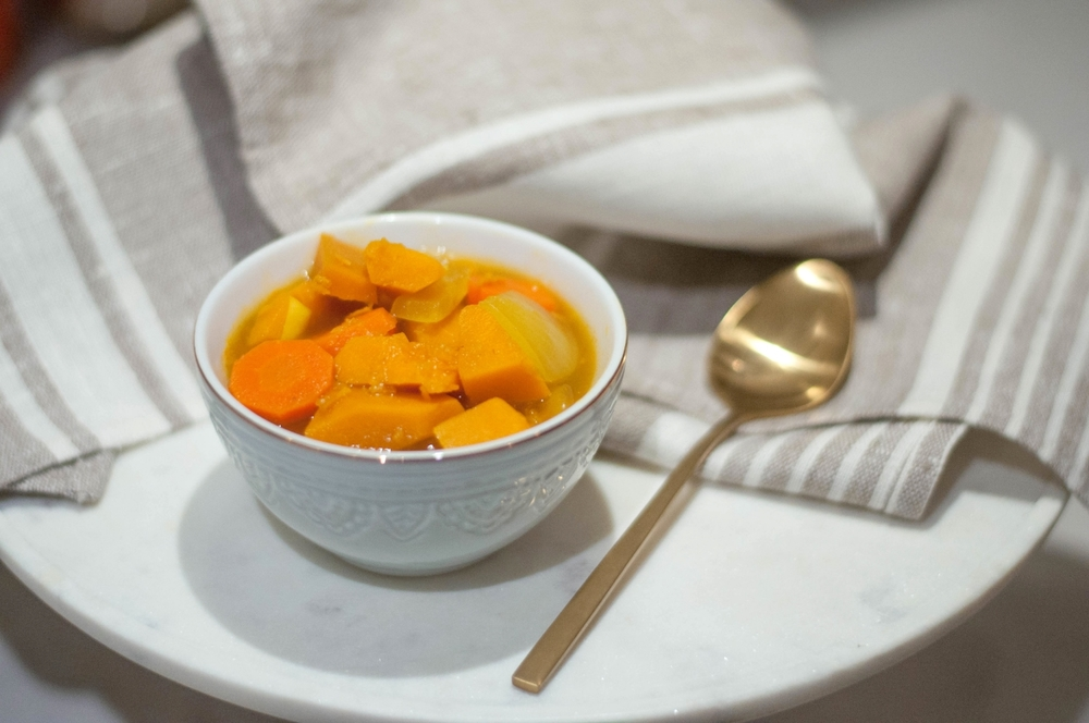 Erin Stanczyk | Lifestyle Design | eat.move.rest. | THE PERFECT POST-HOLIDAY DETOX DISH: CURRIED SQUASH SOUP