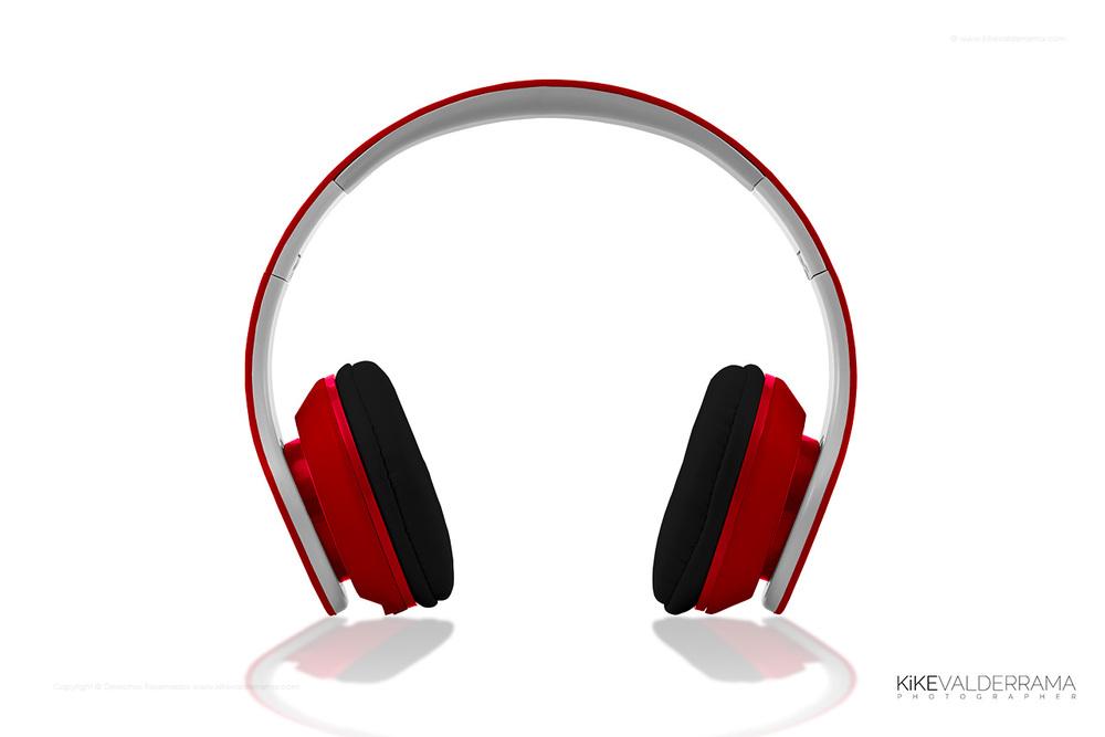 kike_valderrama_product_headset_72dpi_1280_2015-021-red.jpg