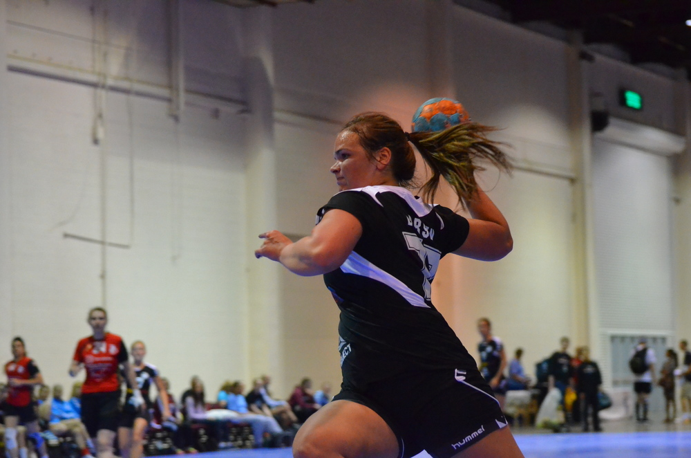 Trine Bay Larsen in a fastbreak at Nationals 2013. Photo by Atticus Overbay, LA Team Handball photographer