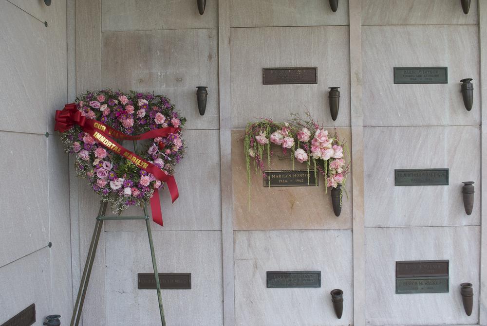 Monroe grave.png