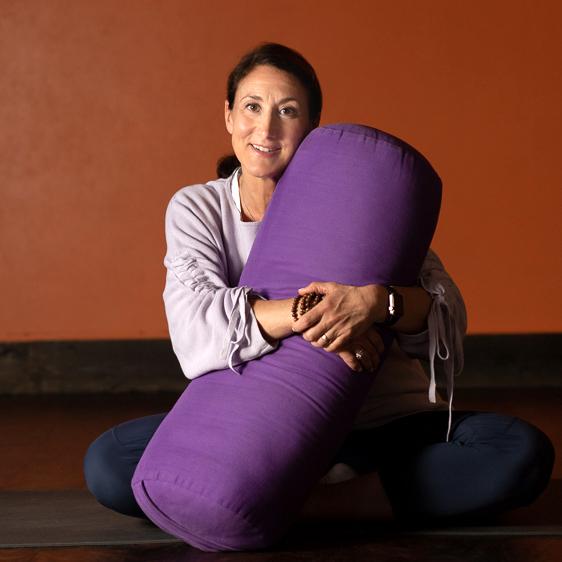 Gail Grossman Yoga - 25-SquareWeb.jpg