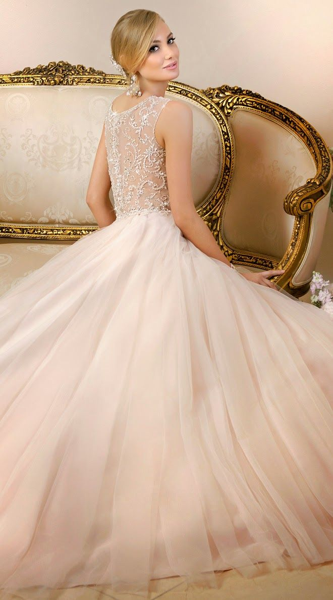 http://bellethemagazine.com/2014/06/stella-york-spring-2015-bridal-collection.html