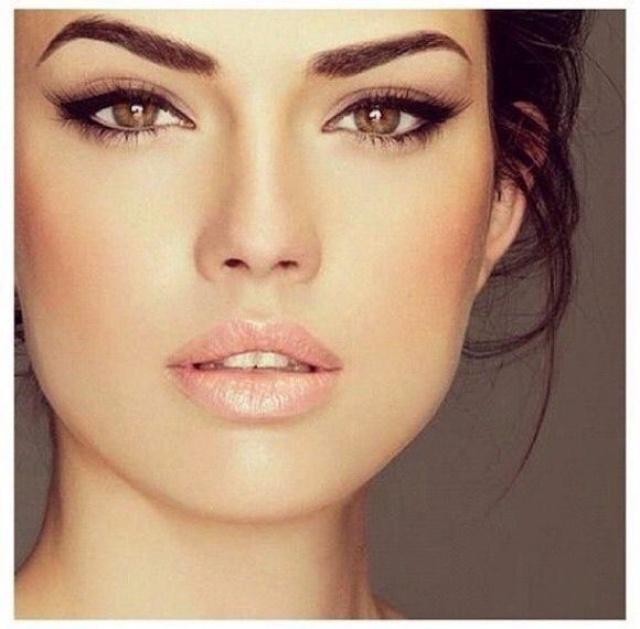 This is one of my favorite looks, with the dramatic eye yet naturalface. http://www.topweddingsites.com/wedding-blog/bridal-beauty/top-10-wedding-makeup-mistakes-to-avoid