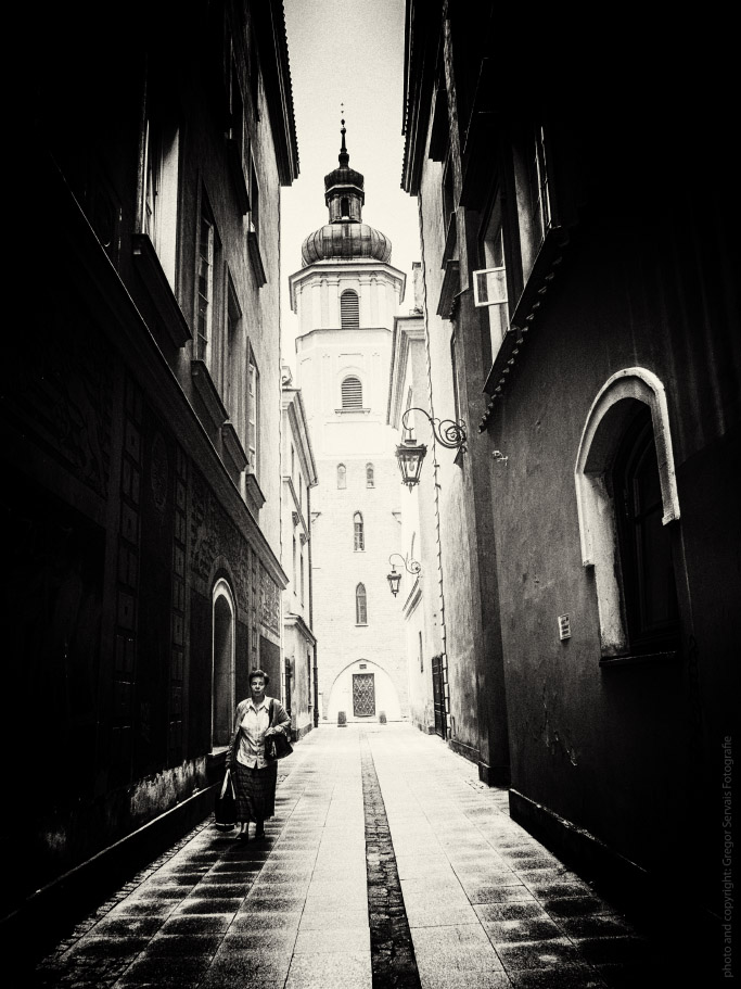 Warsaw-GregorServais.jpg