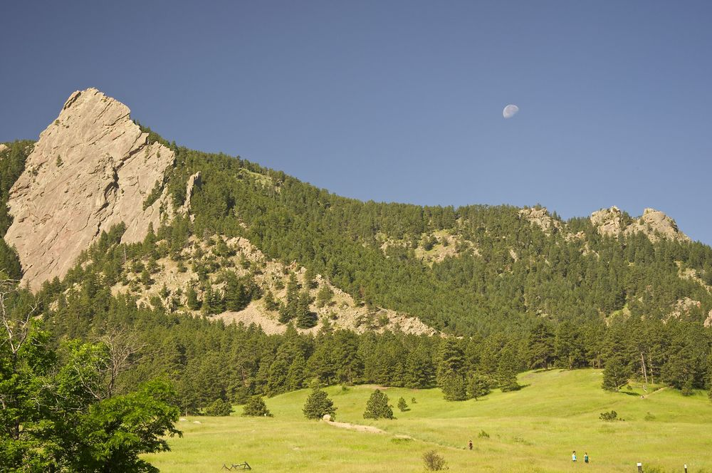 Flatirons along the Flatiron Loop Trail in Chautauqua Park