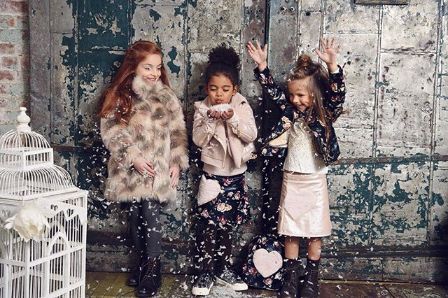❄️❄️❄️ @taliacuomo @xenia.manning @model.zoe.nicole for @imogacollection
