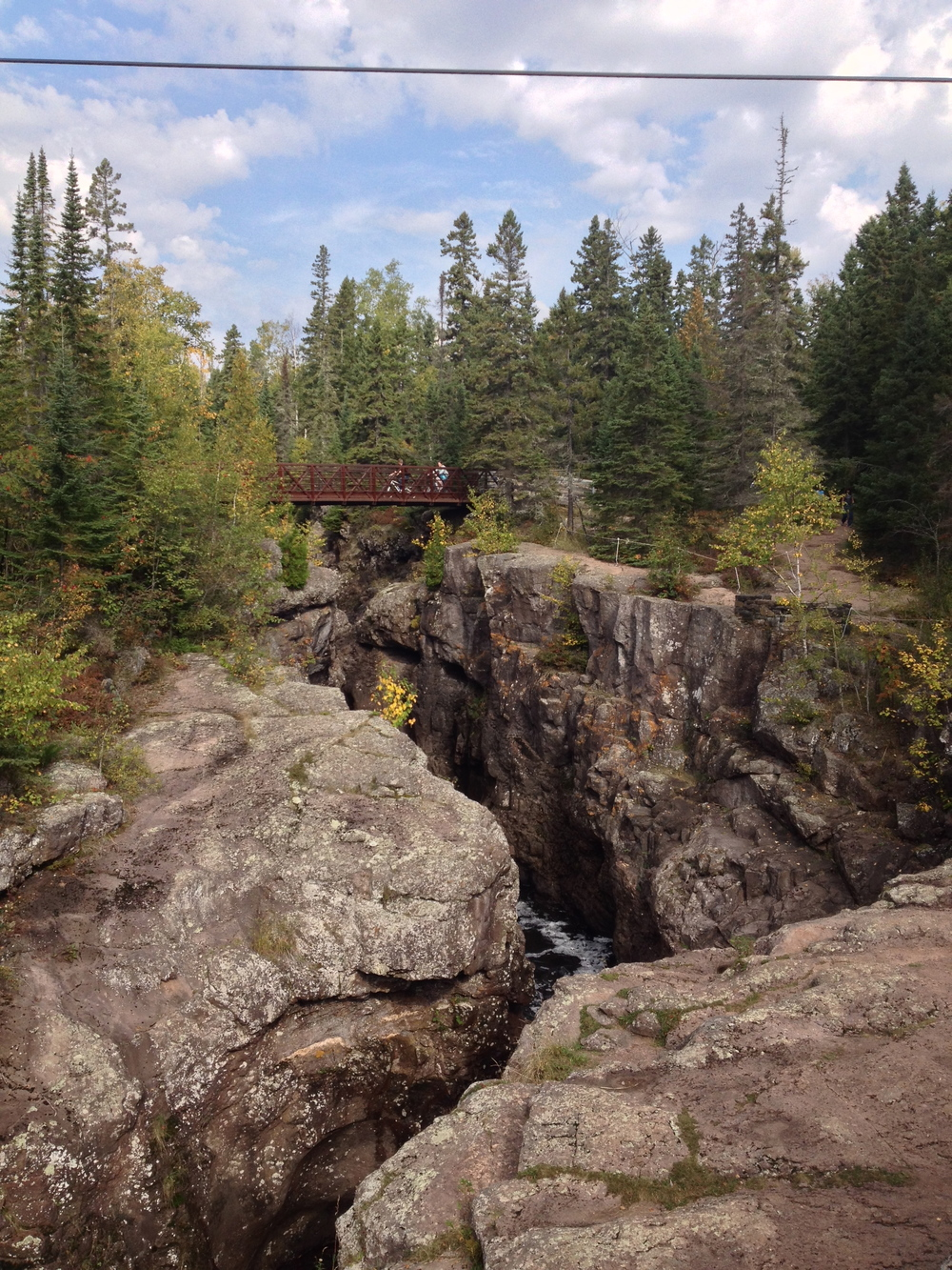The gorge at Temperance River State Park