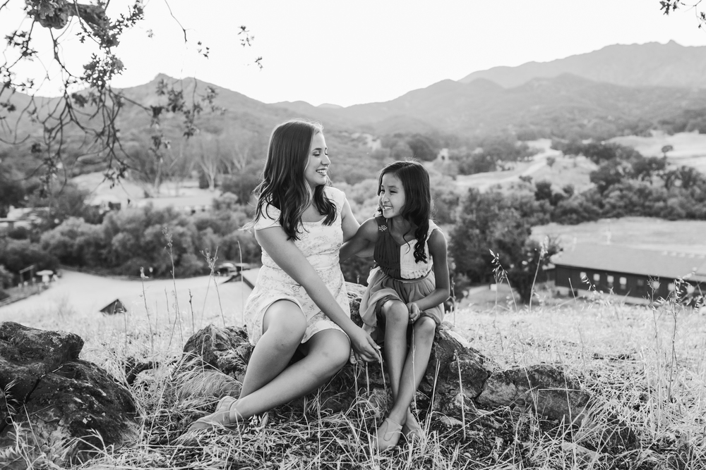 Sisters001.jpg