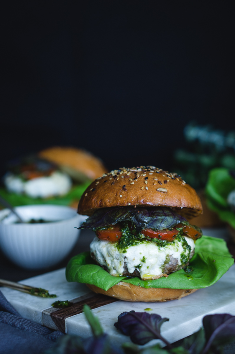 Beef burger with purple basil pesto