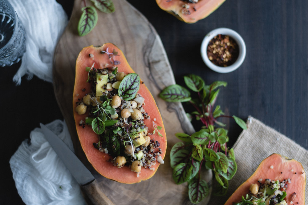 Quinoa and chickpeas stuffed papayas recipe