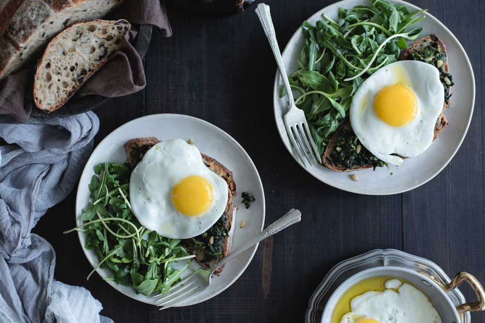 Spinach egg toast recipe