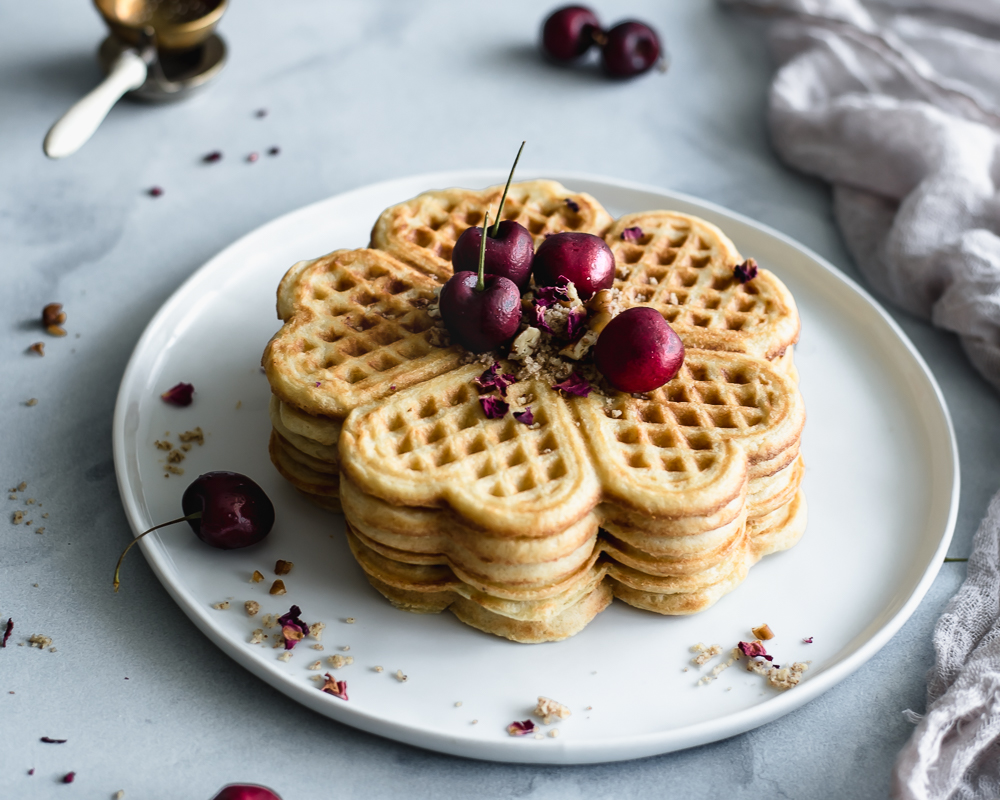 Yeasted vanilla waffles recipe