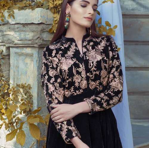 96d3c9512006 Agha Noor Black & Beige Bodice Velvet Kurta - L — Kurta Kouture UK