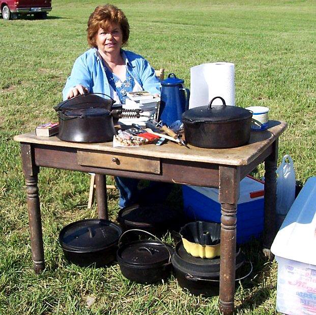 Mary Ann Schultz/Cast Iron Cooking