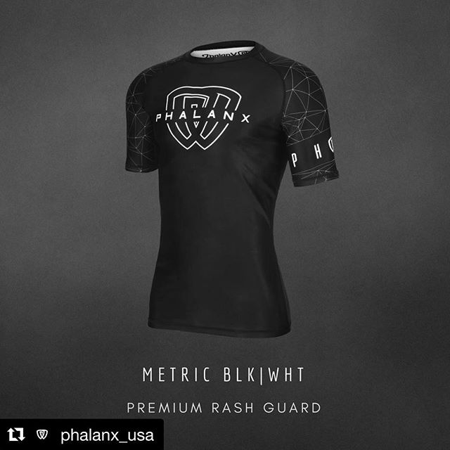 Rashie I did a little while back for @phalanx_usa // Always a pleasure // check out their page for some other dope gear I may or may not have done . . . . . #phalanx #phalanxarmy #nogi #jiujitsu #jiujitsulifestyle #10thplanet #rashguard #10p4l #jre #powerful #yoga #m85 #trainordont #jiujitsugirls  #monstersquad #toehold