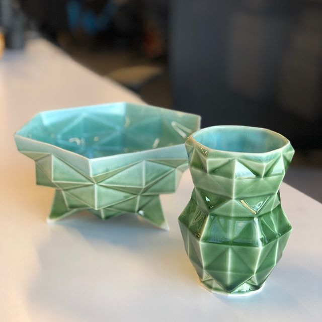 Finally getting my new work out of the glaze kiln, I'm super happy with the results!  #pottery #slipcast #3dprinting